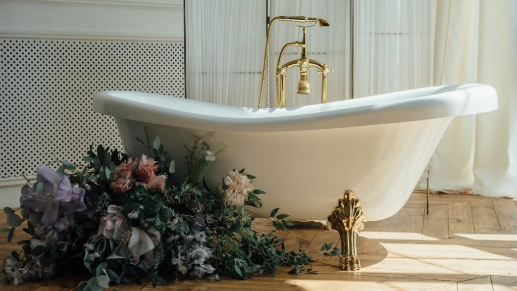 Elegant Clawfoot Bathtub